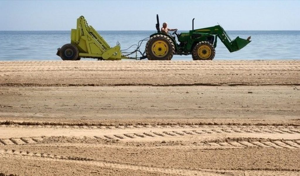 czyszczenie plaży